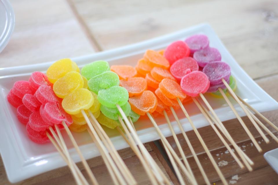 Comment éviter les colorants artificiels dans votre alimentation?